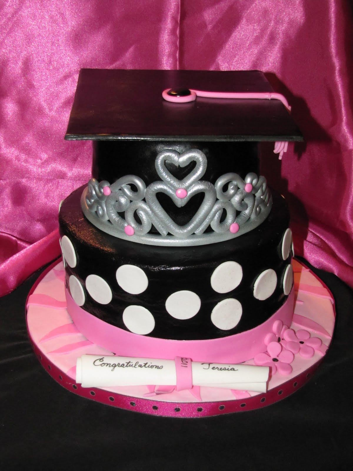 5 Photos of Princess Graduation Cakes