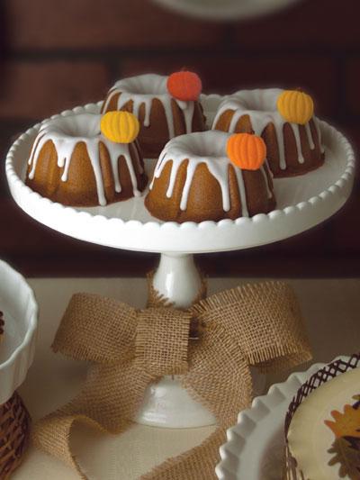 Pumpkin Mini Bundt Cakes