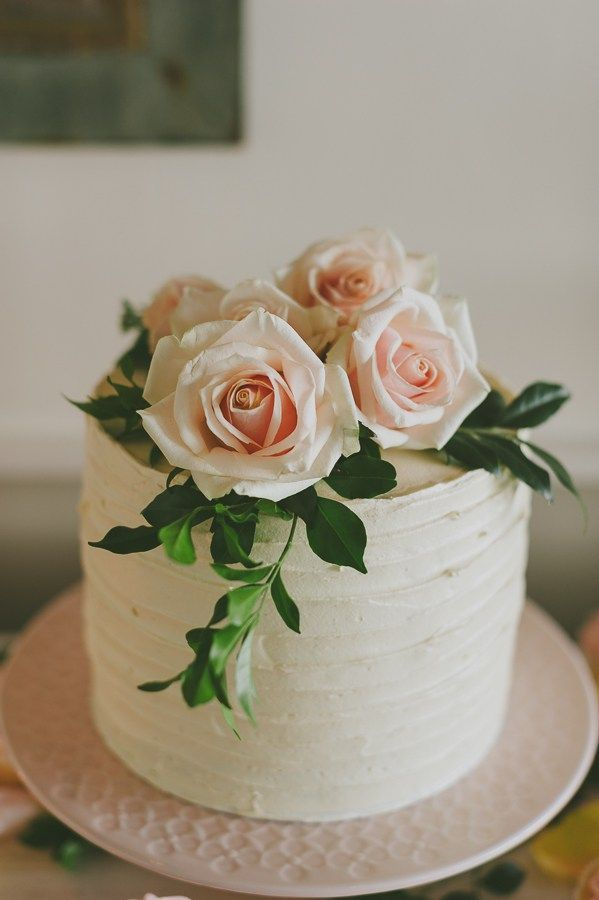 Simple One Tier Wedding Cakes