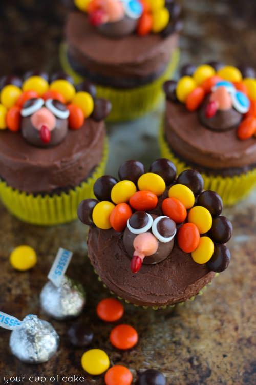 Turkey Cupcake Cake Ideas for Thanksgiving