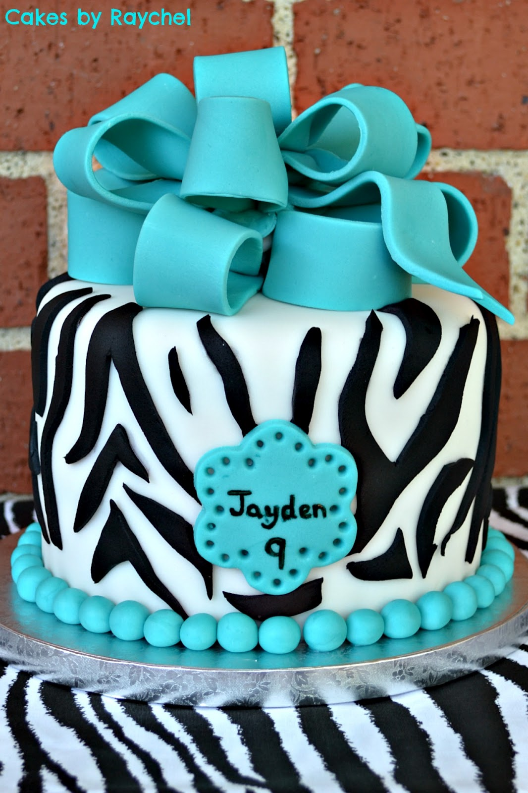 12 Photos of Turquoise And Zebra Stripe Cakes