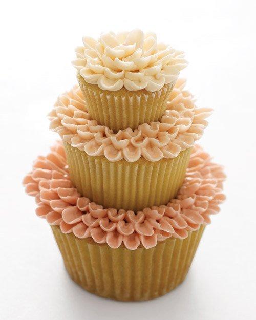3 Tier Wedding Cake Cupcake