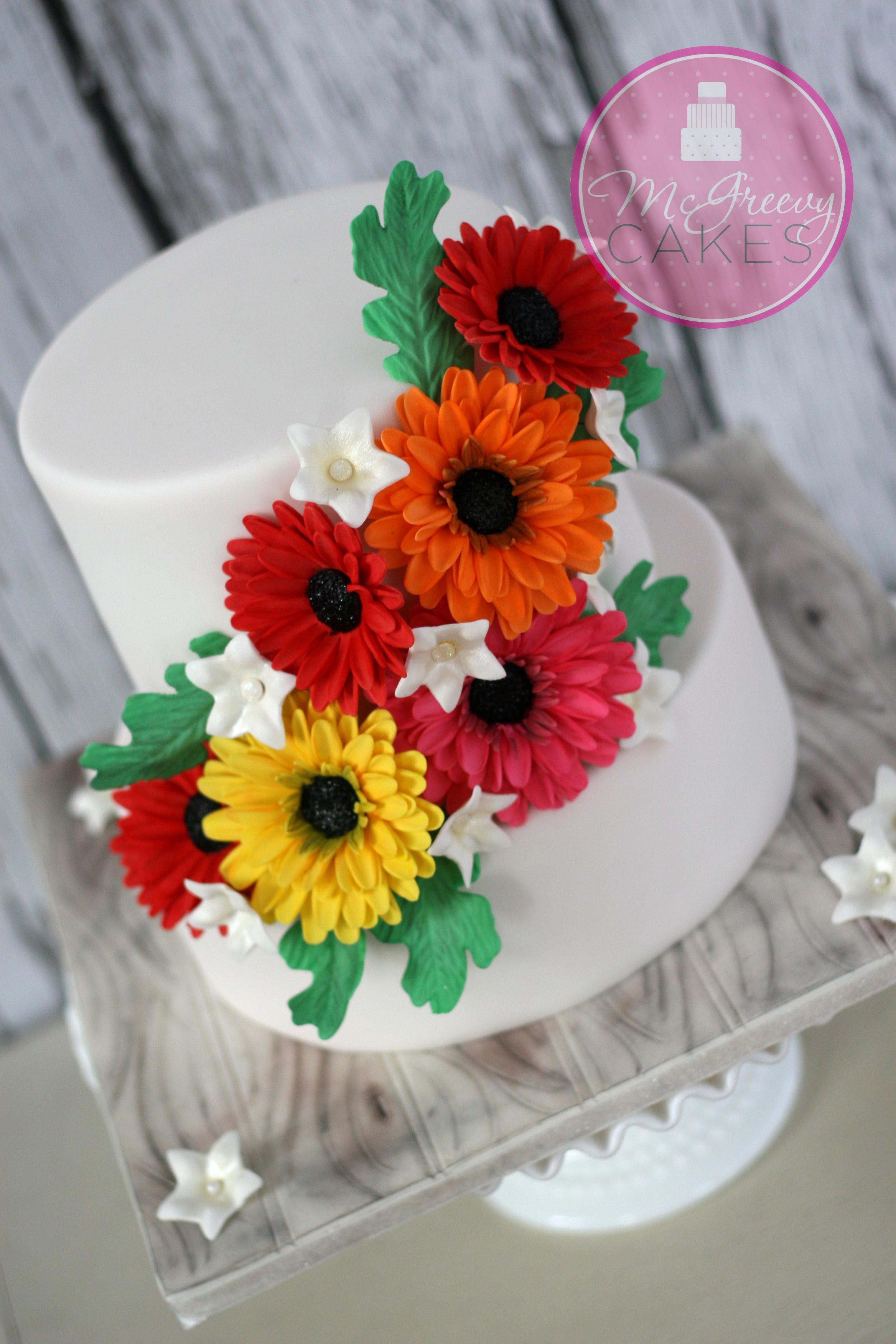 Anniversary Cake with Daisies