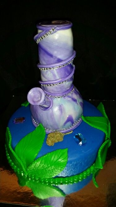 Bong Birthday Cake
