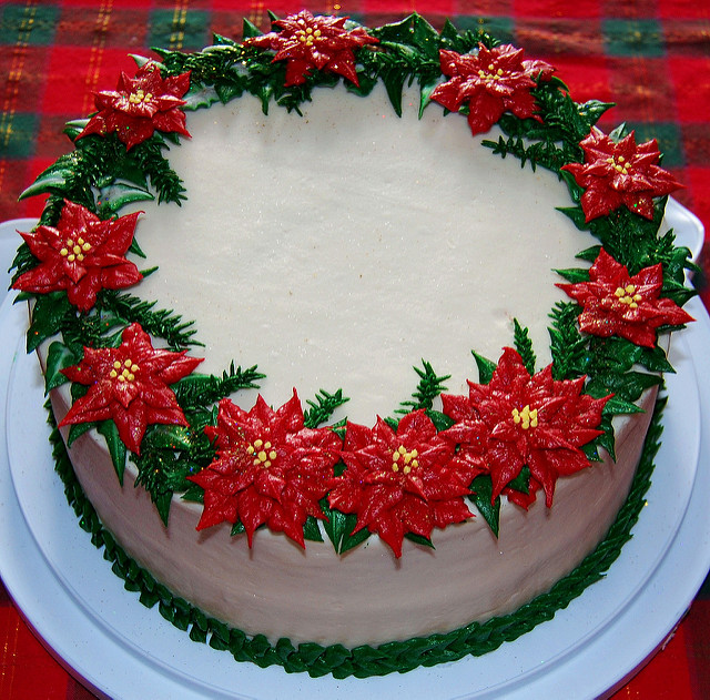 Buttercream Cake Christmas Wreath
