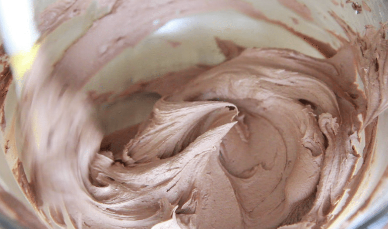 Chocolate Whipped Buttercream Frosting Recipe