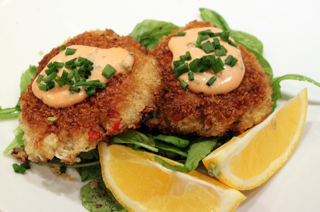 Crab Cakes with Remoulade Sauce Recipe