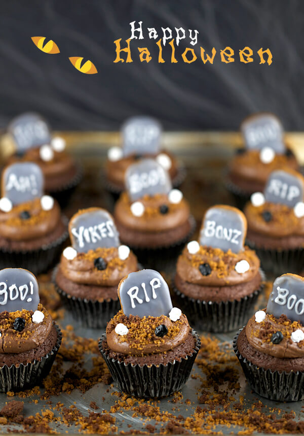Graveyard Cupcakes Halloween
