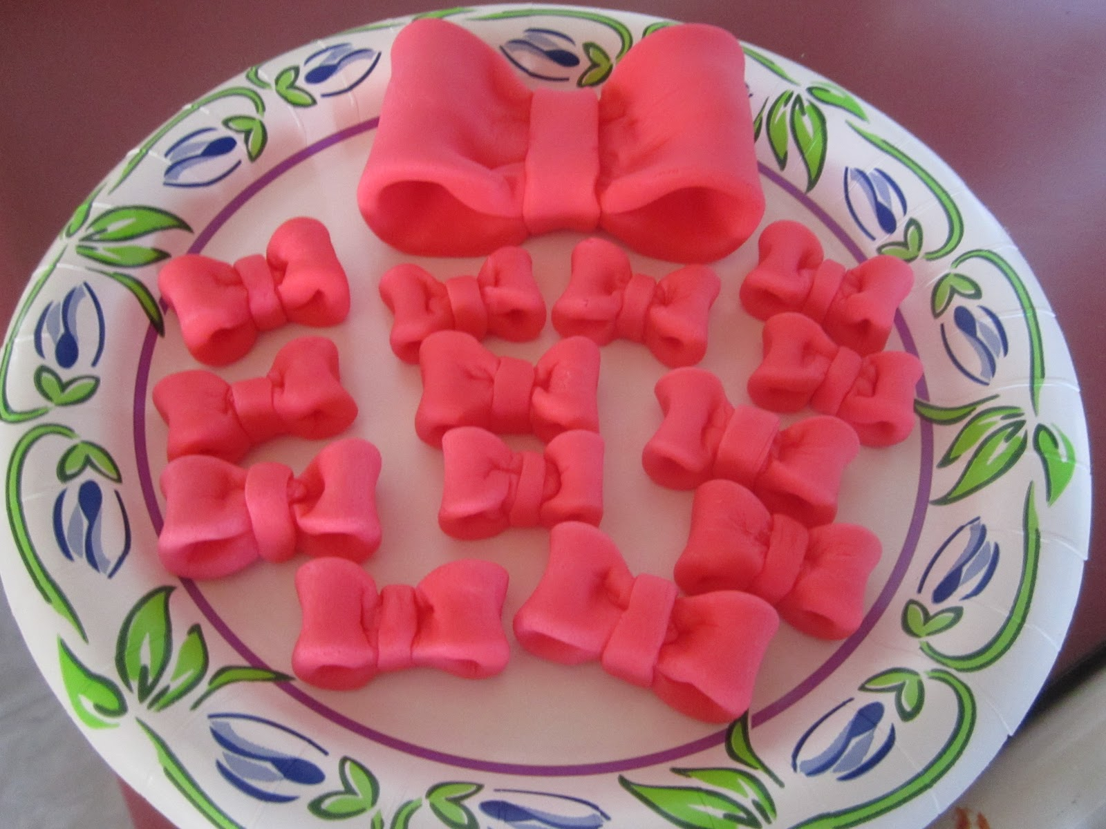 Minnie Mouse Mini Fondant Bows