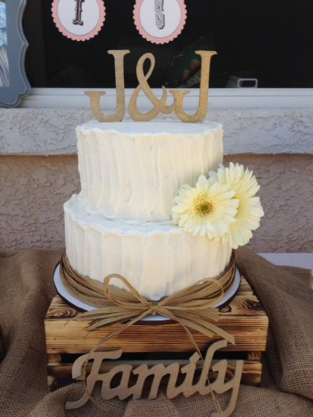 10 Photos of Rustic Wedding Cake 2 Tier With Cupcakes