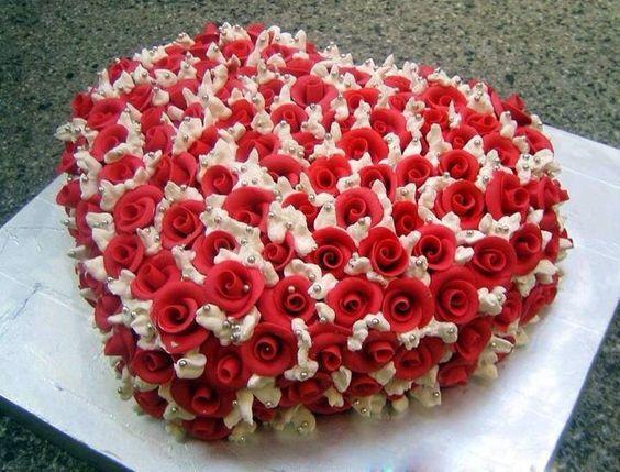 Valentine Heart Rose Cake