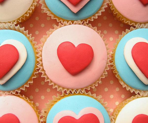 Valentine's Day Fondant Cupcakes