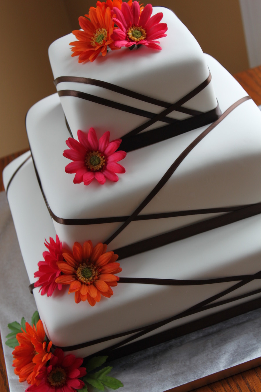 Wedding Cake with Gerber Daisies