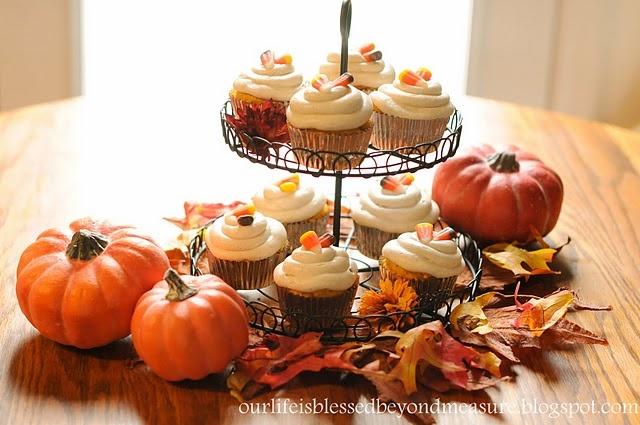 Yellow Cake Mix Pumpkin Cupcakes