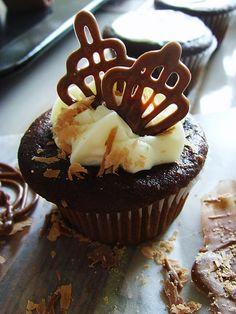 Cupcakes with Chocolate Garnish