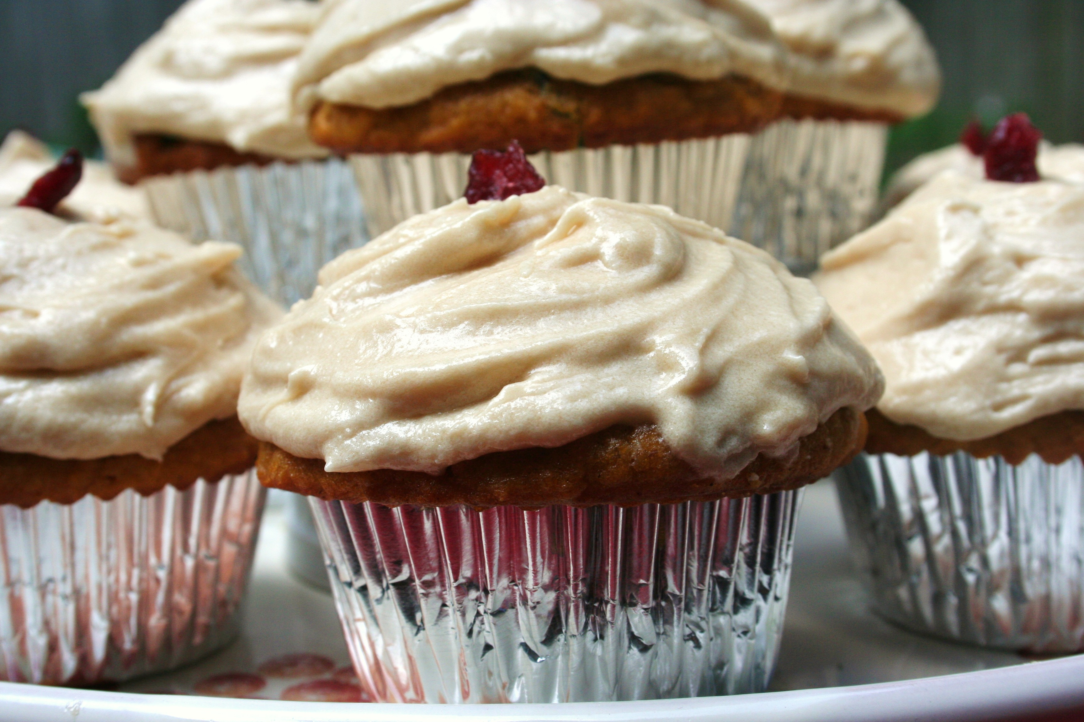 Cupcakes with Maple Brown Sugar Frosting