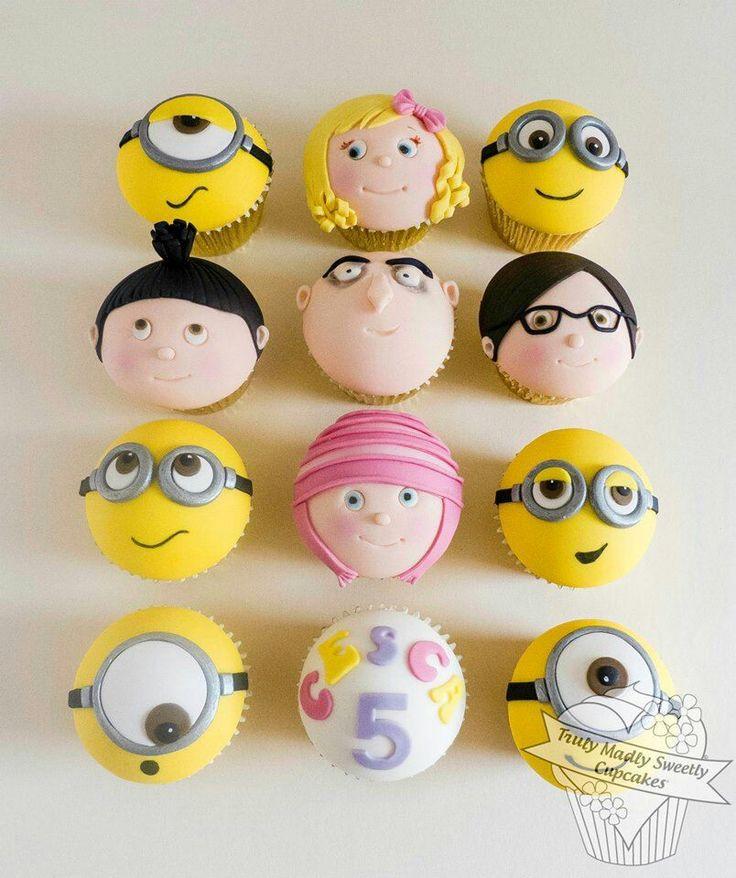 Despicable Me Minion Cupcake Cake