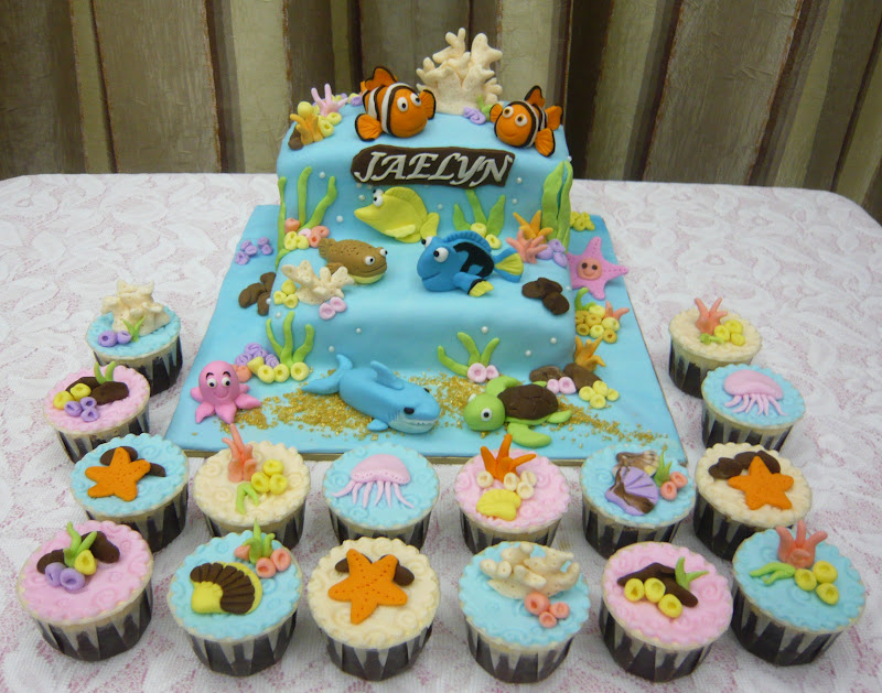 Finding Nemo and Dory Cupcake Cakes