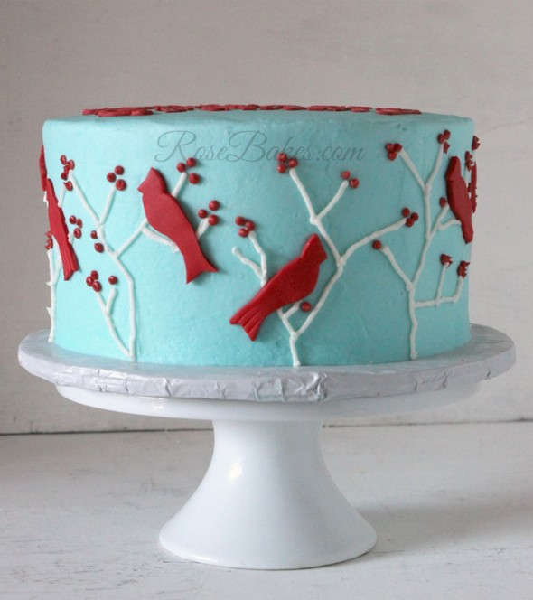 11 Photos of Cakes With Red Birds