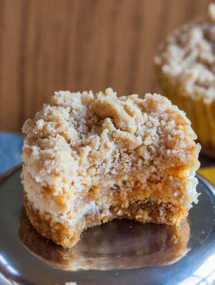 Pumpkin Streusel Cheesecake Cupcakes