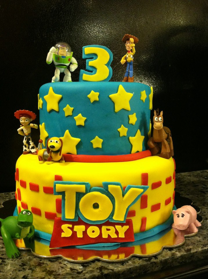9 Photos of Toy Story Cakes For Boys