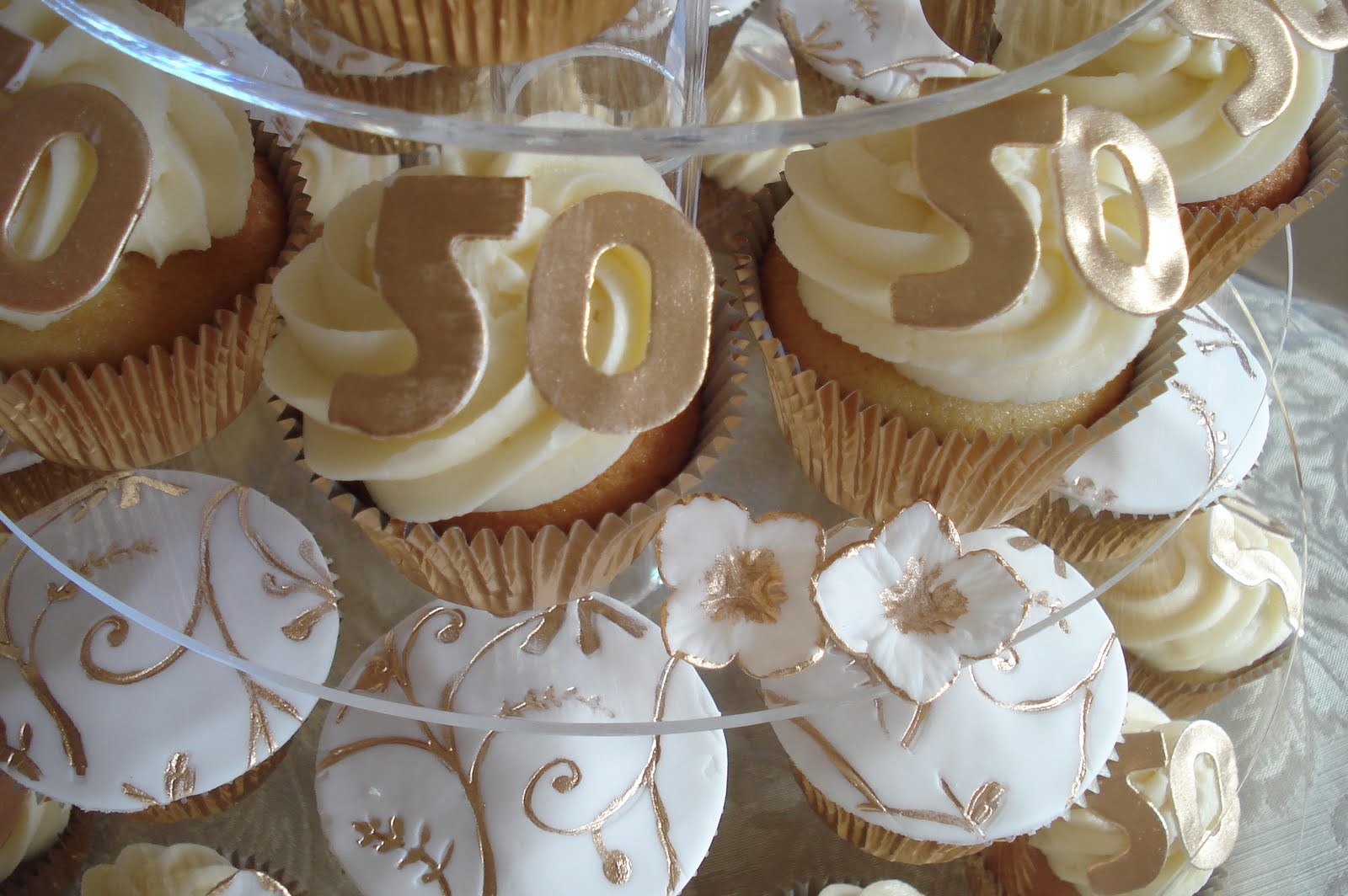 50th Wedding Anniversary Cupcake Idea