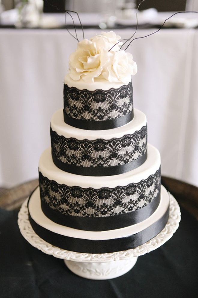 12 Photos of Black And White Lace Cakes