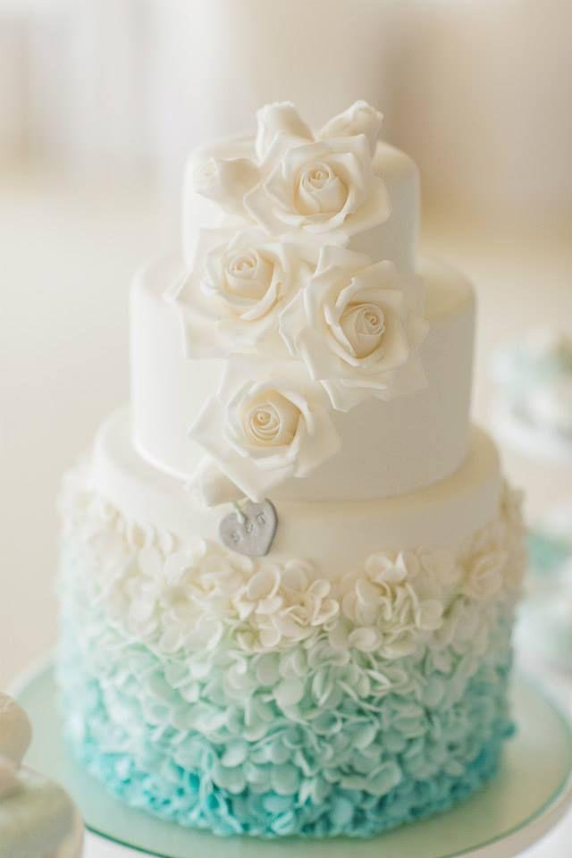 Blue and White Wedding Cake Ideas