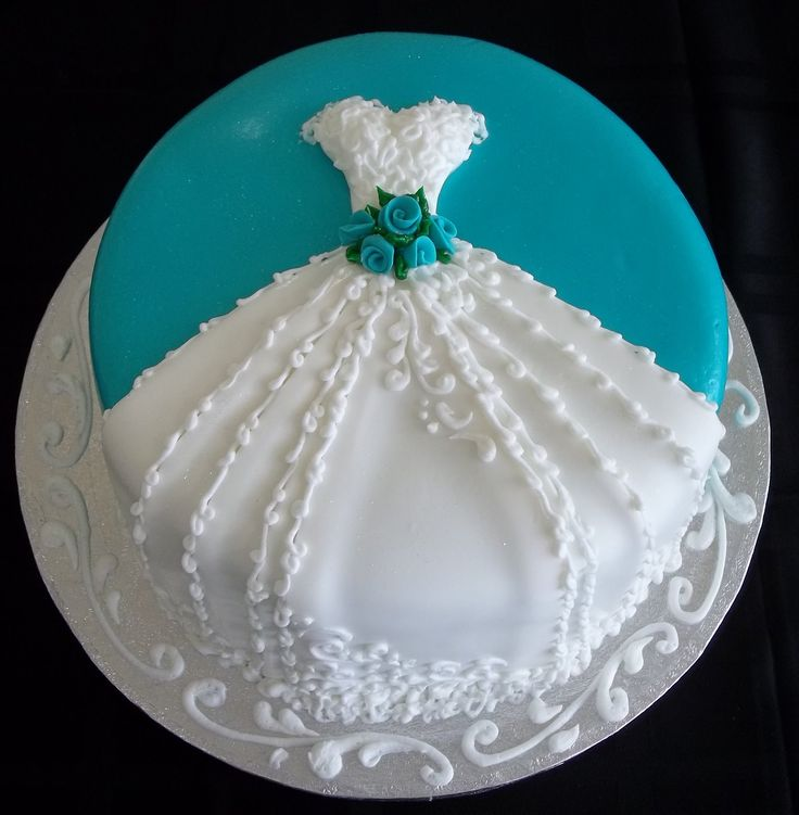 5 Photos of Household Or Bridal Shower Cakes