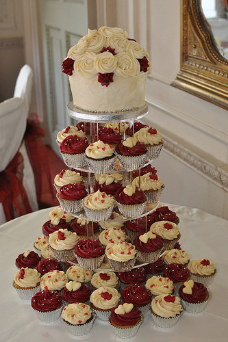 Cream and Burgundy Wedding Cupcakes