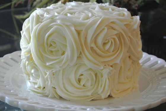 Decorating Cake with Roses