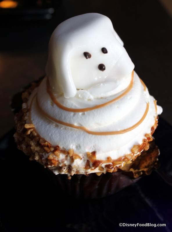 8 Photos of Peanut Butter Halloween Ghost Cupcakes