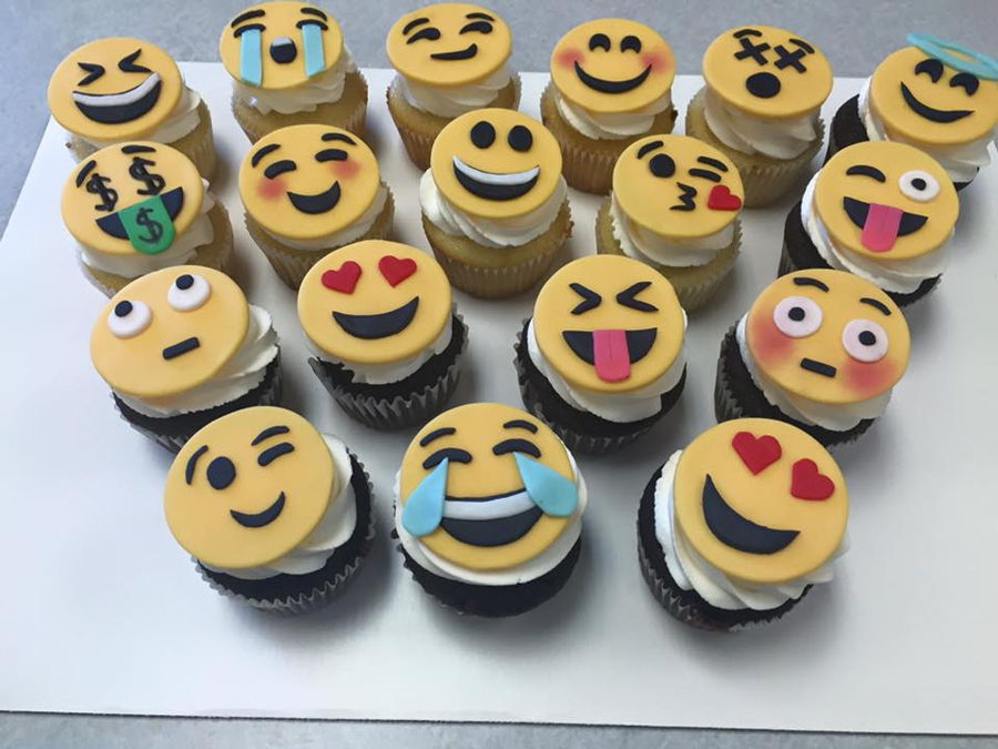 Emoji Cupcake Cake