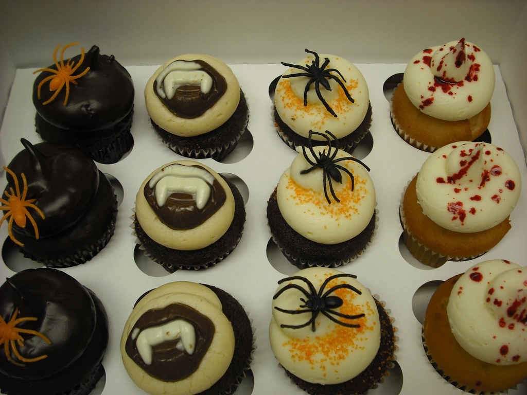Halloween Vampire Cupcakes
