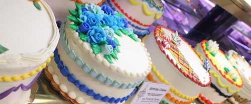 Holiday Market Royal Oak Bakery Cakes