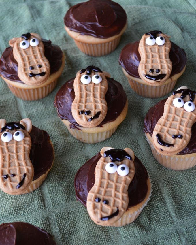 11 Photos of Cupcakes With Nutter Butter Horse