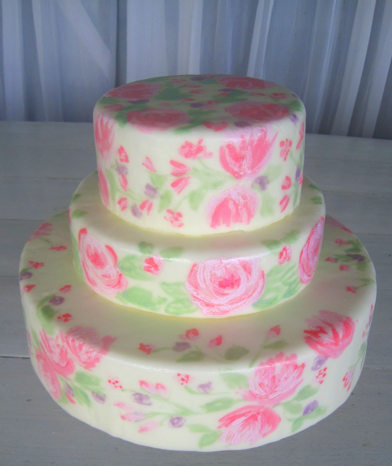 Pictures of Hand Painted Fondant Wedding Cakes