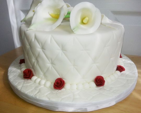 Red Rose and Calla Lily Wedding Cake