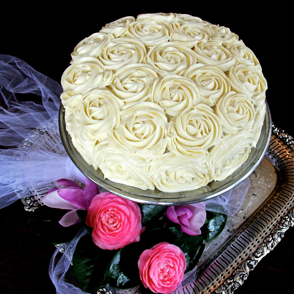 Red Velvet Cream Cheese Cake with Roses