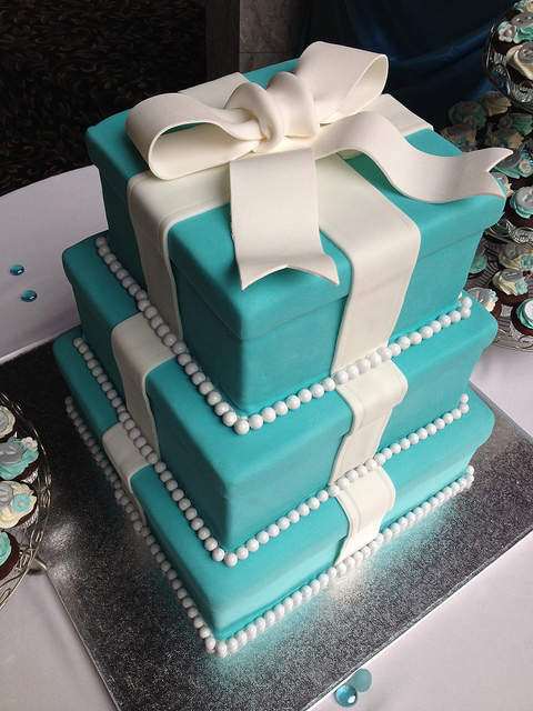 Tiffany Blue Gift Box Cake