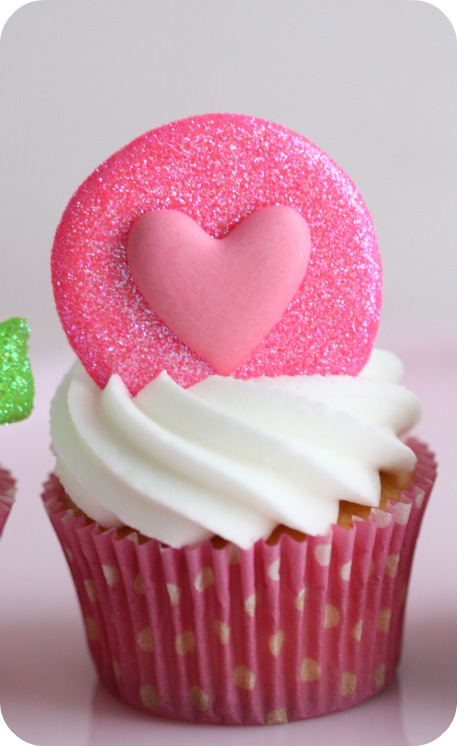 Valentine Cupcakes with Hearts