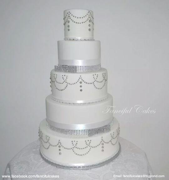 Vintage Wedding Cake Bling