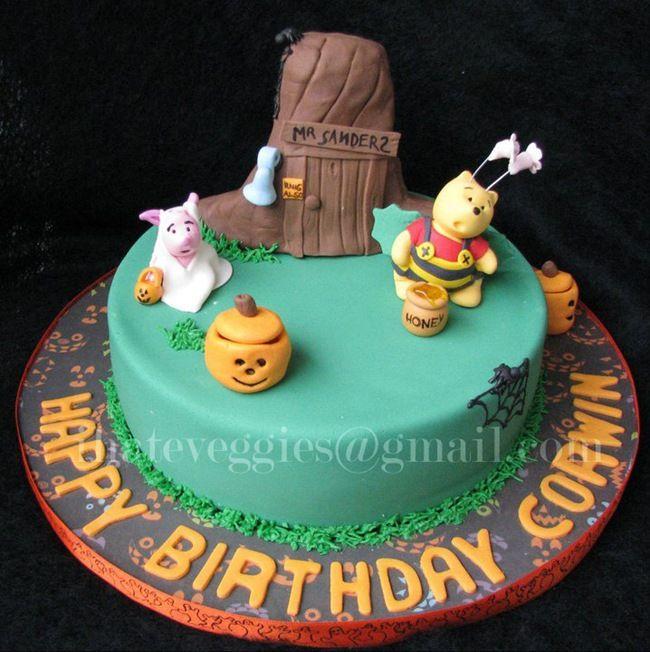 Winnie the Pooh Halloween Cake