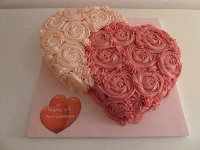 5th Wedding Anniversary Heart Cakes