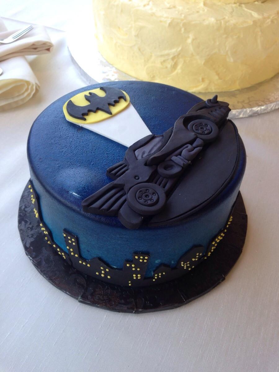 12 Photos of Grooms Cakes Ideas For Batman