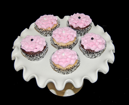 Black White and Pink Baby Shower Cupcakes