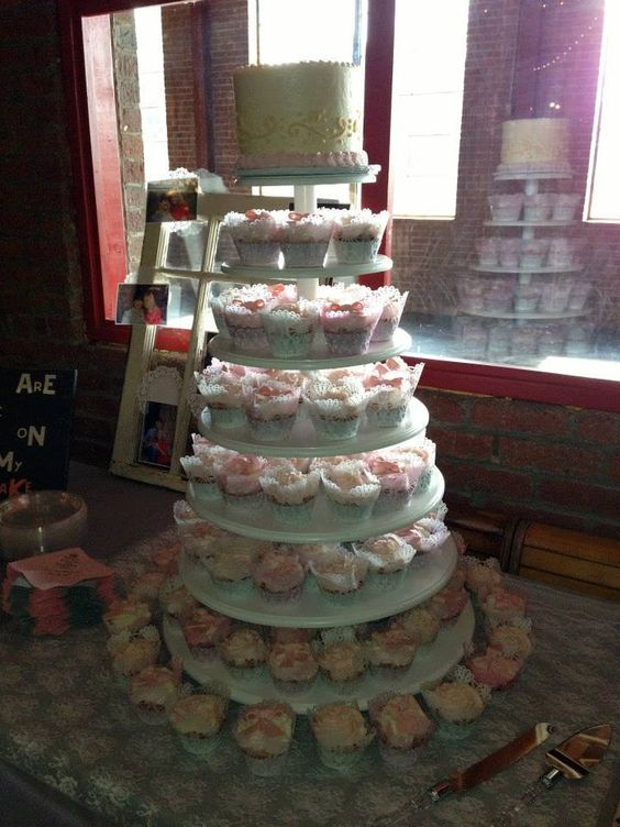 Country Cupcake Wedding Cakes
