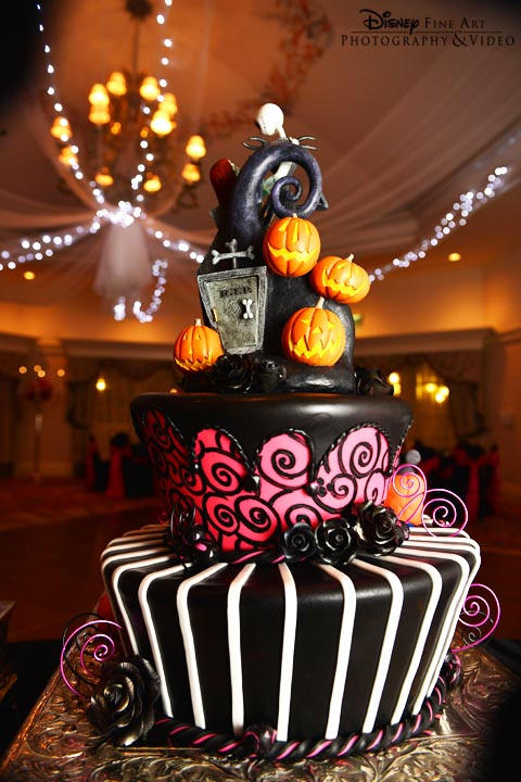 Disney the Nightmare Before Christmas Wedding Cake