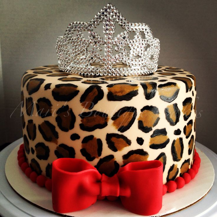 Diva Leopard Print Cake