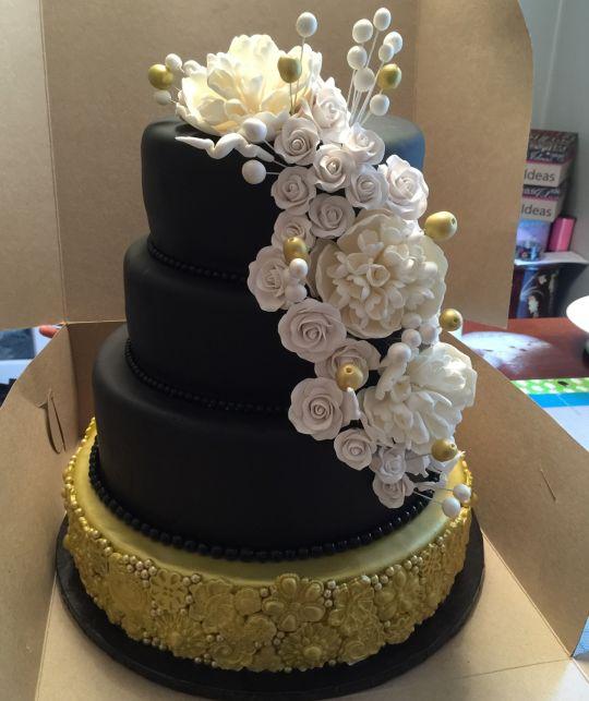Elegant 50th Birthday Cakes